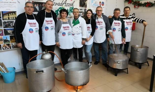Magyar szakácsok főztek Rómában a szegényeknek