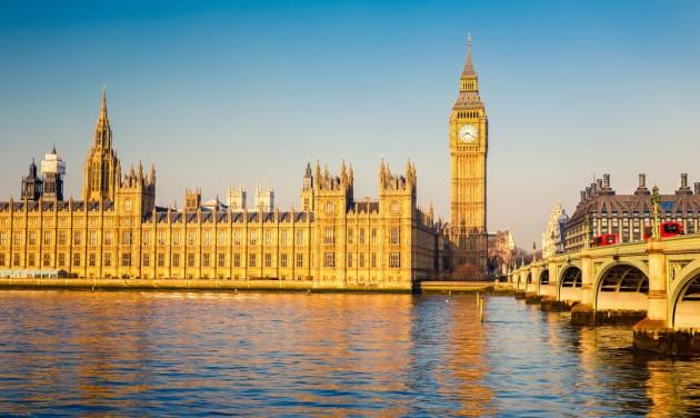 Hétfőtől a karantén alatt két negatív tesztet kér Nagy-Britannia a beutazóktól