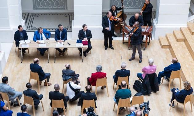 Idén 456 cigányzenészt támogat a Muzsikáló Magyarország Program