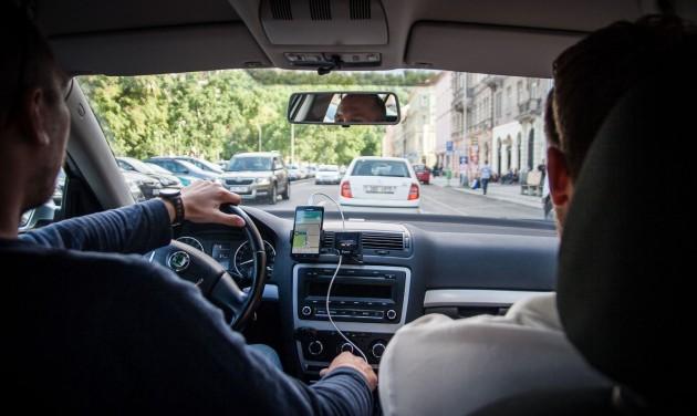 Pozsonyból is kiüldözték az Ubert a taxisok