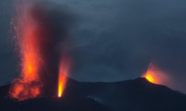 Kitört a vulkán, evakuálják a turistákat Stromboli szigetéről