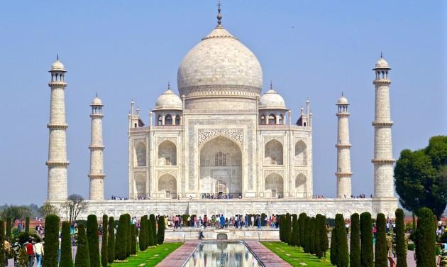 Elszíneződött a Tádzs Mahal