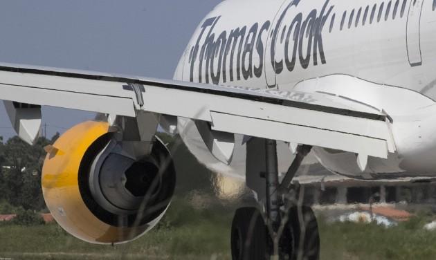 Elkezdődött a Thomas Cook brit utasainak hazaszállítása