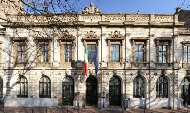 Tanulj és játssz az Európai Nyelvi Koktélbárban!