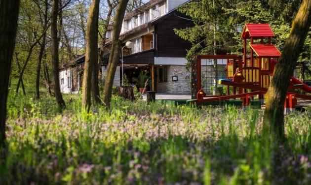 Erdei sétány és ökológiai sétaút épül Nyíregyháza-Sóstógyógyfürdőn