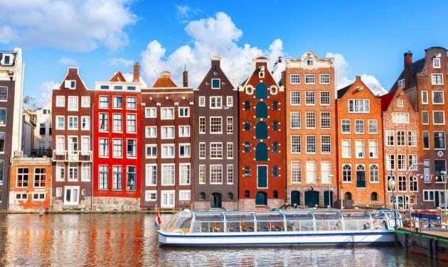 Hétfőtől csak Covid-igazolvánnyal utazhatunk Hollandiába
