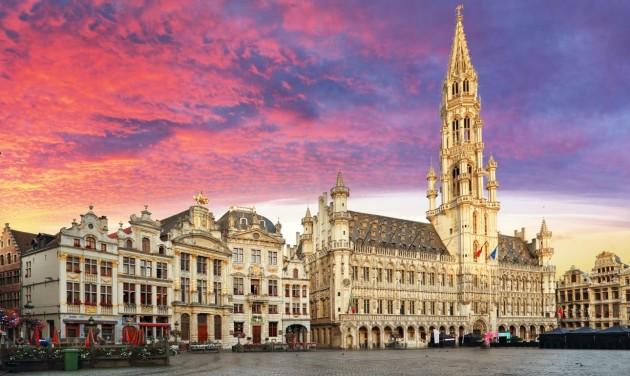 Kijárási tilalom, utcai maszkviselés és bezárások Brüsszelben