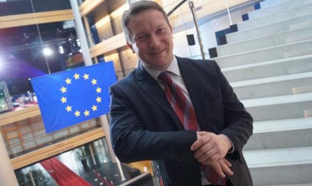 Ujhelyi Istvánt újraválasztották az EP közlekedési és turizmus bizottságában