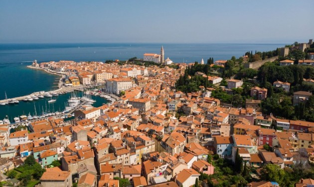 Szlovénia negatív koronavírustesztet kér a horvátoktól és a csehektől is