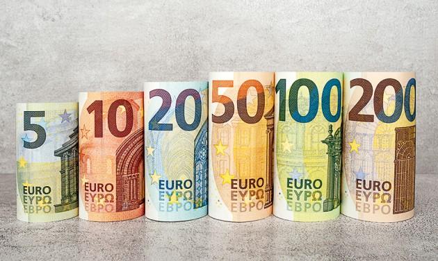 Itt vannak az új 100 és 200 eurós bankjegyek – videó