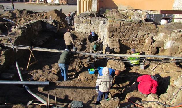 Feltárták Dobó István egykori palotájának maradványait