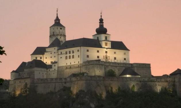 Jól fialnak az osztrák Esterházy-csoport műemlékei
