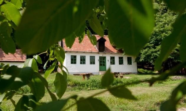 Újabb húsz turistaház újulhat meg még idén