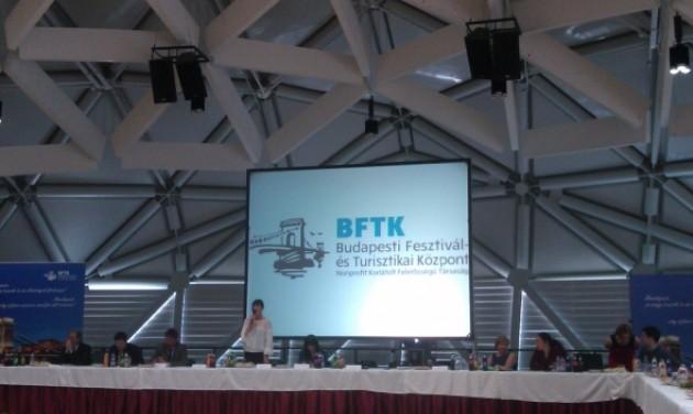 Turistabusz-közlekedés, a Bálna jövője és a BFTK munkaterve a turisztikai kerekasztal előtt