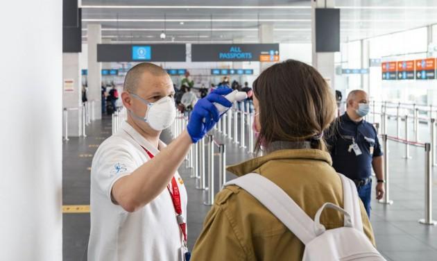 Újrainduló járatok és áprilisi forgalmi adatok a reptéren