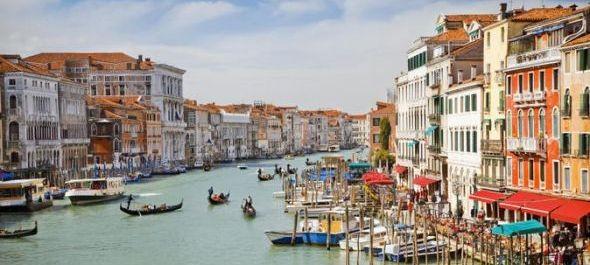 Vita Velencében a turistáknak szánt belépőjegyről