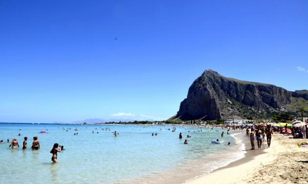Több mint 8 millió külföldi turista az olasz tengerpartokon