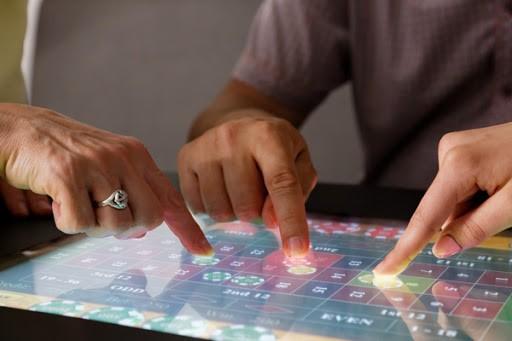 Már az őszi szünetre fogynak a Touchgametable játékasztalok