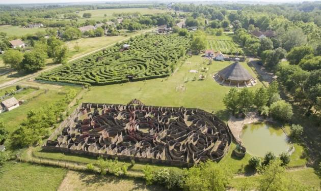 Turizmus.com rádió: Gergely Gábor - A világ 3. legnagyobb labirintusa Ópusztaszeren
