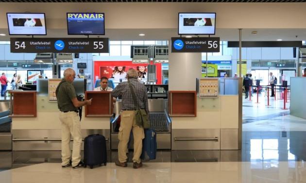 Gyorsulhat a becsekkolás a budapesti repülőtéren