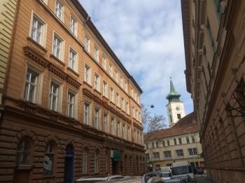 Recepciós állás, Budapest, Kálvin tér
