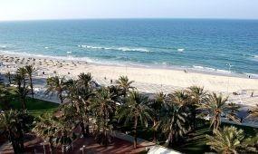 Legalább októberig szünetelteti tunéziai utazásait a brit Thomas Cook