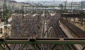 Továbbra sem közlekednek vonatok a Déli pályaudvarról