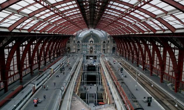 Biztonsági kapukkal növelik a nemzetközi vonatok ellenőrzését Belgiumban