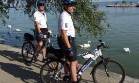 Százötven készenléti rendőrt vezényelnek a nyári főidényben a nagy tavakhoz