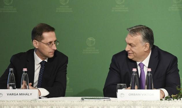 Orbán Viktor célzott segítséget ígér a koronavírustól sújtott turizmusnak
