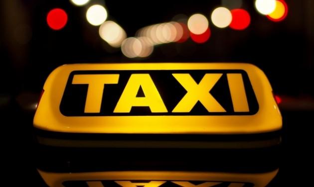 Vigyázat, taxishiéna is fuvarozhat sárga színű autóval!