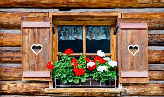 Ausztria: húsvét után az üzletek, májusban éttermek, hotelek nyithatnak meg