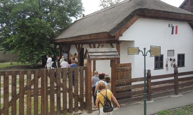 Arany-emlékév: Gyula és Nagyszalonta összefog