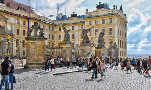 Szabadon utazhatnak a csehek június közepétől