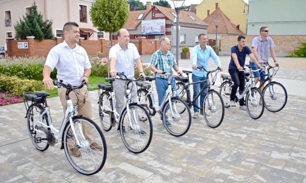 Körbe e-bike-ozható Vas megye
