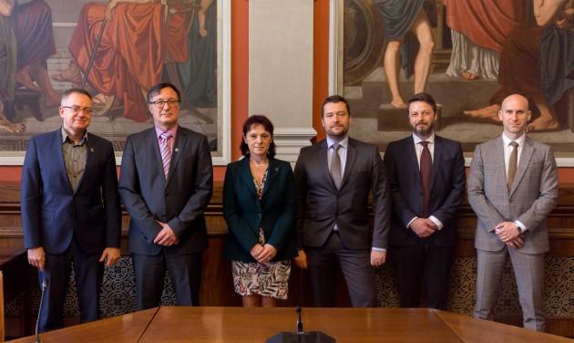 Együttműködési megállapodást kötött a BGE és a Hungast