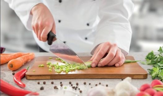 Nébih-útmutató éttermeknek az élelmiszerpazarlás ellen