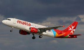 A Tensi az Air Malta képviselője