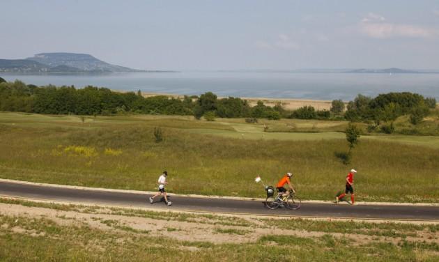Balaton: 26 turizmusfejlesztési projekt 33 milliárdból