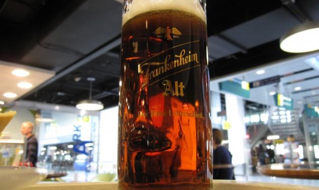 Korlátoznák az alkoholfogyasztást a reptereken