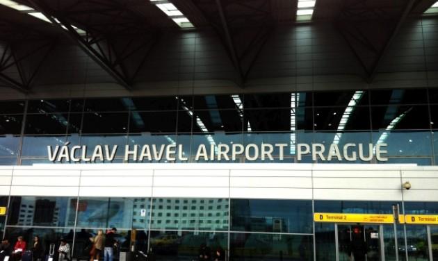 Kiugró forgalom a prágai reptéren