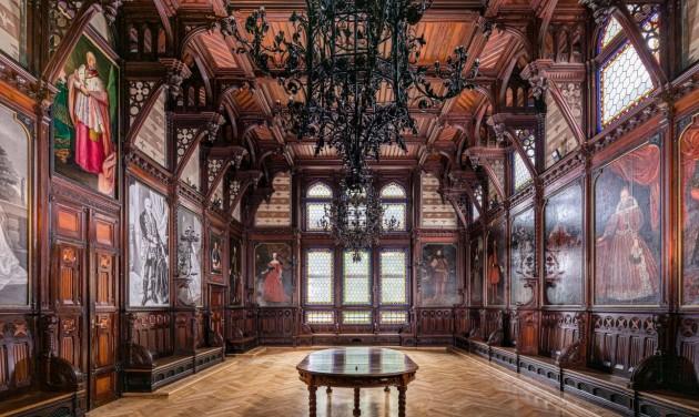 Magyarország vár – Vendégségben a legendák kastélyában