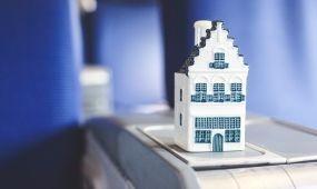 Újabb miniatűr ház készült el a KLM 96. születésnapjára