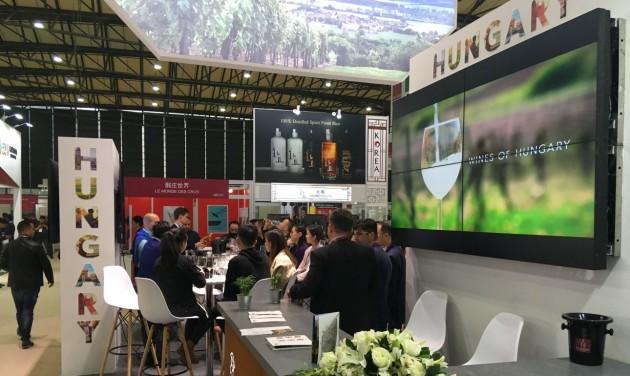 Jól teljesít a magyar stand Kínában
