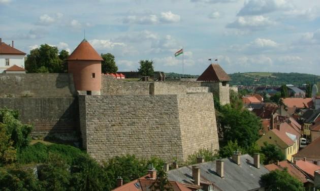 Elkezdődhet az egri vár és környezete megújítása