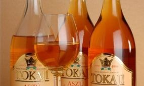 A vendéglátóhelyek felé nyitott a Tokaj Kereskedőház