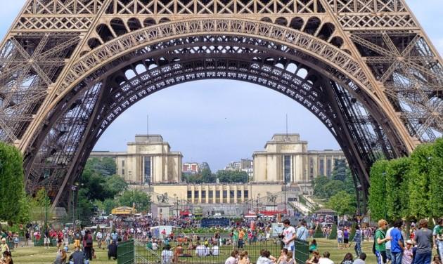 A parkokban is tilos lesz a dohányzás Párizsban