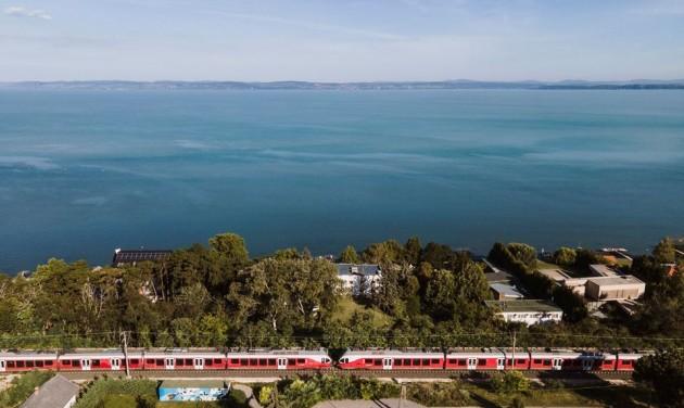 Olcsóbban lehet utazni mától több dunántúli vasútvonalon