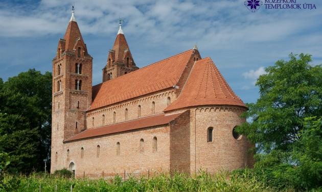 Megújult Erdély egyik legnagyobb Árpád-kori temploma