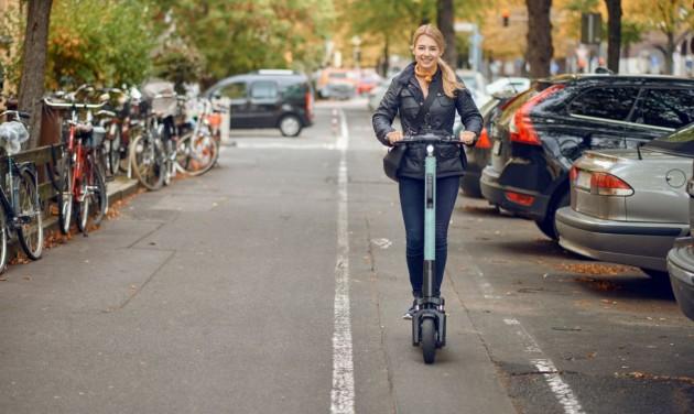 Romániában is szabályozzák az elektromos rollerek használatát